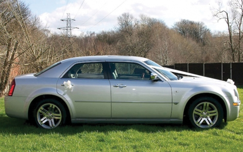 Chrysler 300C - wedding car hire huddersfield